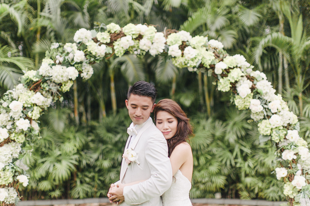 bride and groom at their outdoor wedding venue in Hong Kong